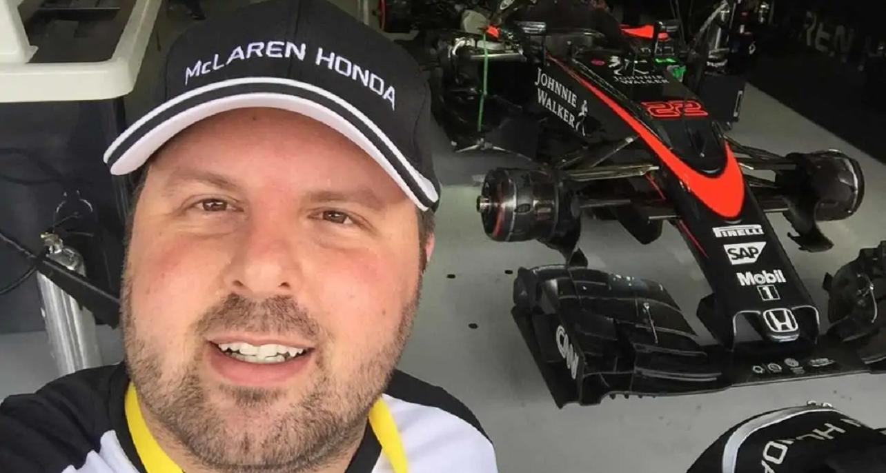 selfie do jornalista daniel messeder