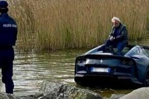 Vacilo do motorista faz Ferrari de R$ 5,8 milhões cair em lago na Itália