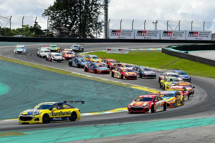 corrida de stock car em interlagos