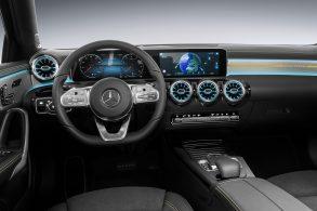 Mercedes diz, via comando por voz, o que pensa sobre a Tesla