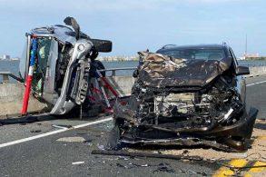 Motorista sobrevive a acidente e pula de ponte para salvar criança