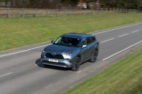 Toyota Highlander: o SUV perfeito para espiões