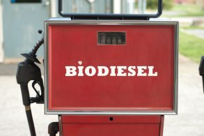 Interesses poderosos no diesel e no etanol prejudicam consumidor