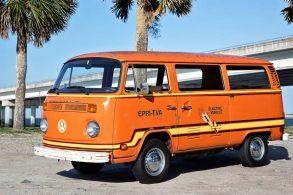 Conheça a Kombi elétrica feita pela VW há mais de 40 anos