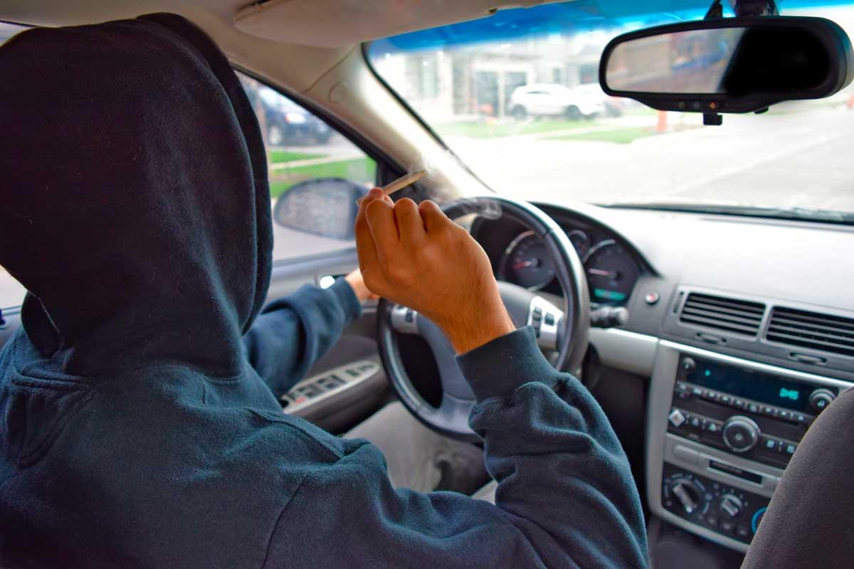 motorista consumindo droga maconha exame toxicologico
