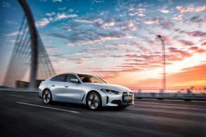 BMW apresenta novo i4 para competir com o Tesla Model 3