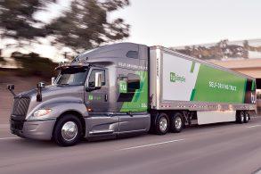 Caminhão autônomo diminui tempo de rota e preocupa motoristas nos EUA