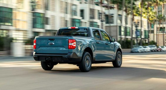 ford maverick hybrid xlt 2