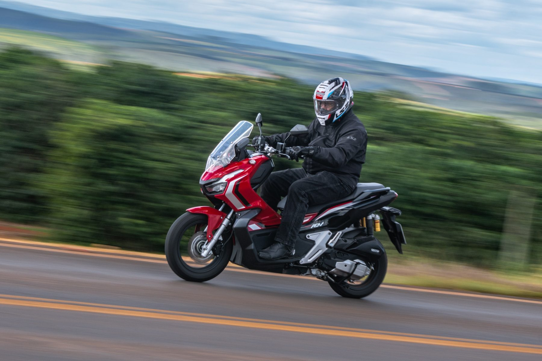 scooter honda adv 150 impressoes 14