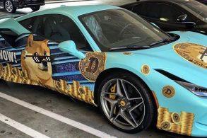 Ferrari F8 Tributo fantasiada de Dogecoin desafia 'política' do fabricante