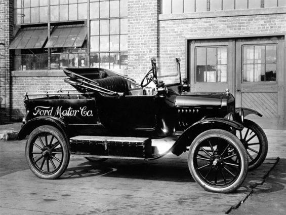 ford modelo t preto lateral foto de epoca