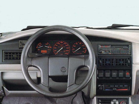 vw santana 1991 interior volante e painel