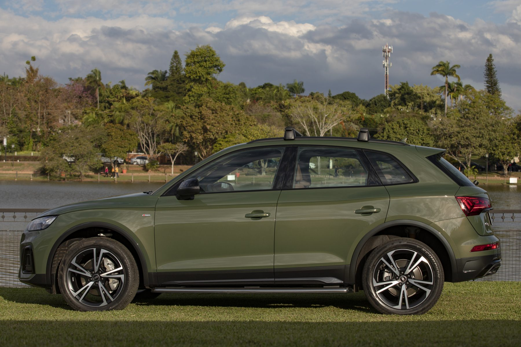 audi q5 lateral 013