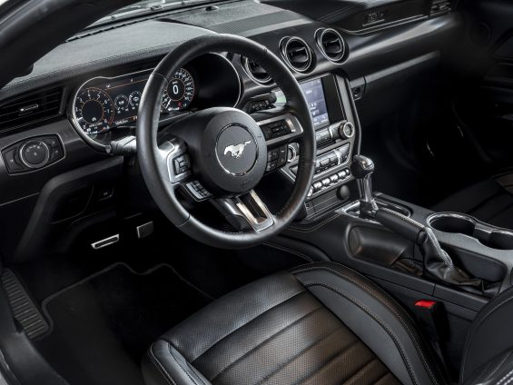 ford mustang mach 1 painel
