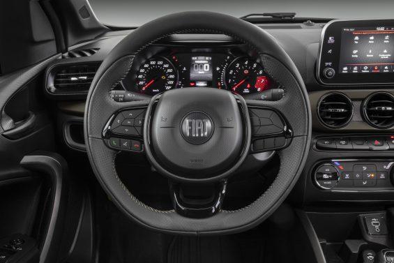 fiat cronos s design 1 3 2022 interior volante