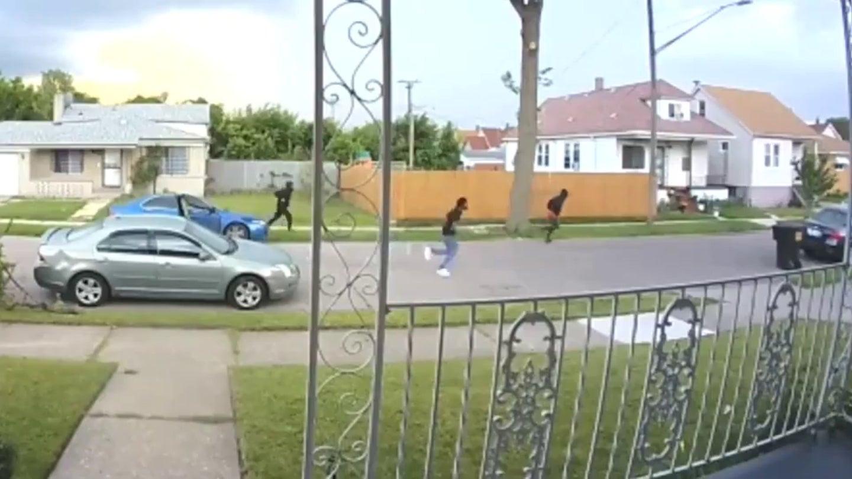 video mostra tentativa de roubo de carro em detroit nos estados unidos