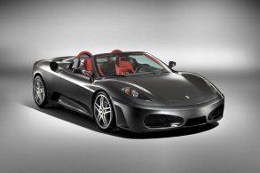 Ferrari com cambio manual pode valer o dobro das automatizadas
