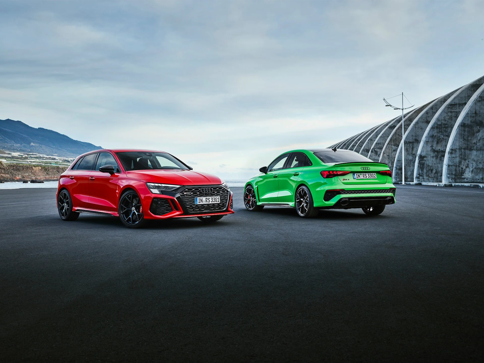 Modelo conta com versão Sedan e Sportback de até 407 cv