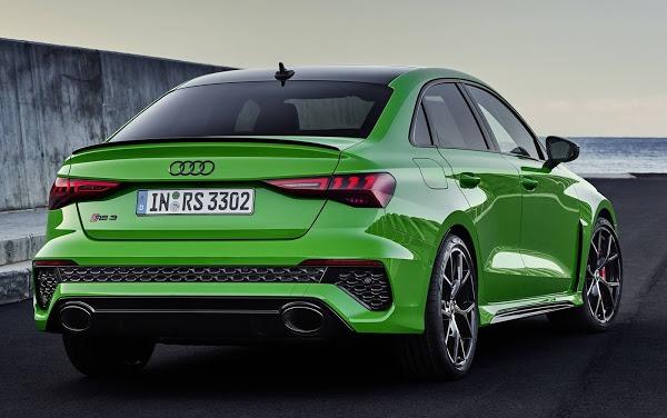 audi rs3 2022 sedan verde traseira