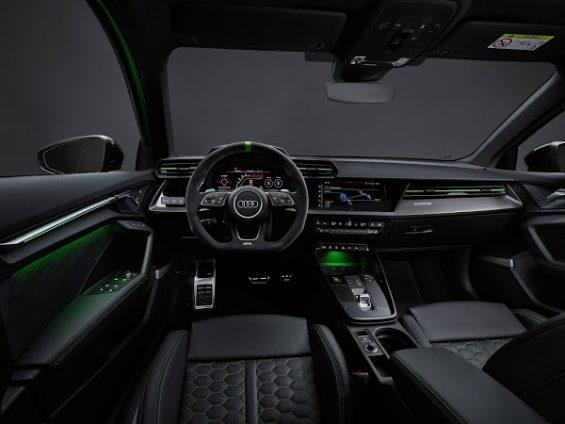 audi rs3 2022 sedan verde interior