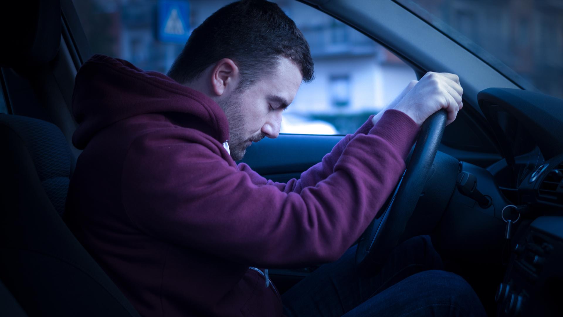 Dormir ao volante é uma das maiores causas de acidentes nas estradas