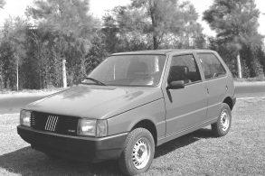 """Fiat Uno: a história da """"botinha ortopédica"""" mais querida do Brasil"""