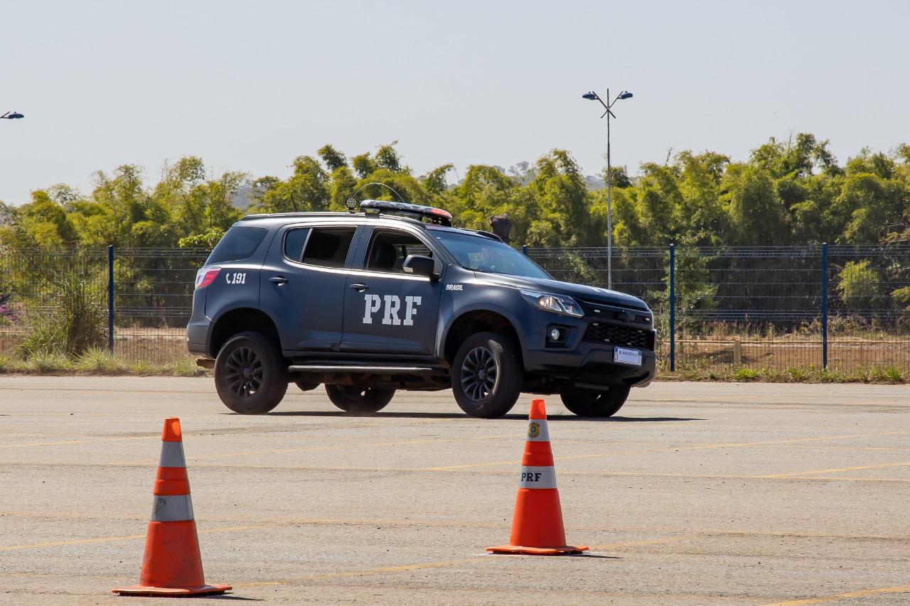 mjsp policia chevrolet trailblazer teste de estabilidade slalom cones
