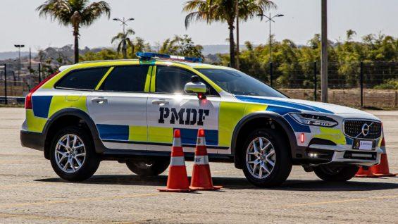 prf goias volvo v90 cross country policia em testes no brasil
