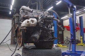 [Vídeo] Converter motor diesel para a gasolina? Pode, mas dá trabalho