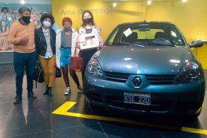 Concessionária vende um Clio 2011... Zero-quilômetro!!!