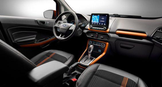 ford ecosport ses nos eua interior com detalhes laranja