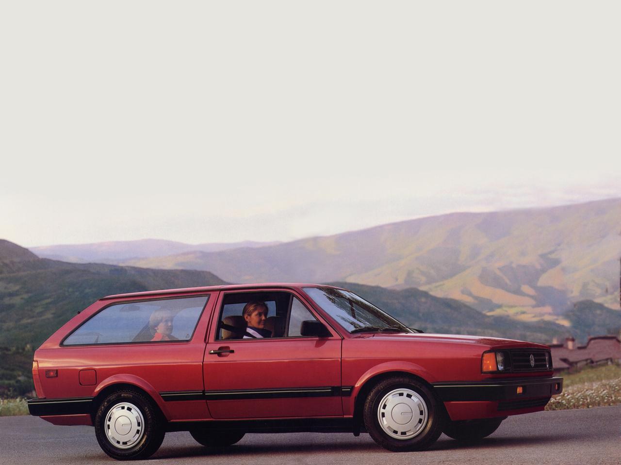 volkswagen fox wagon vermelho lateral parati