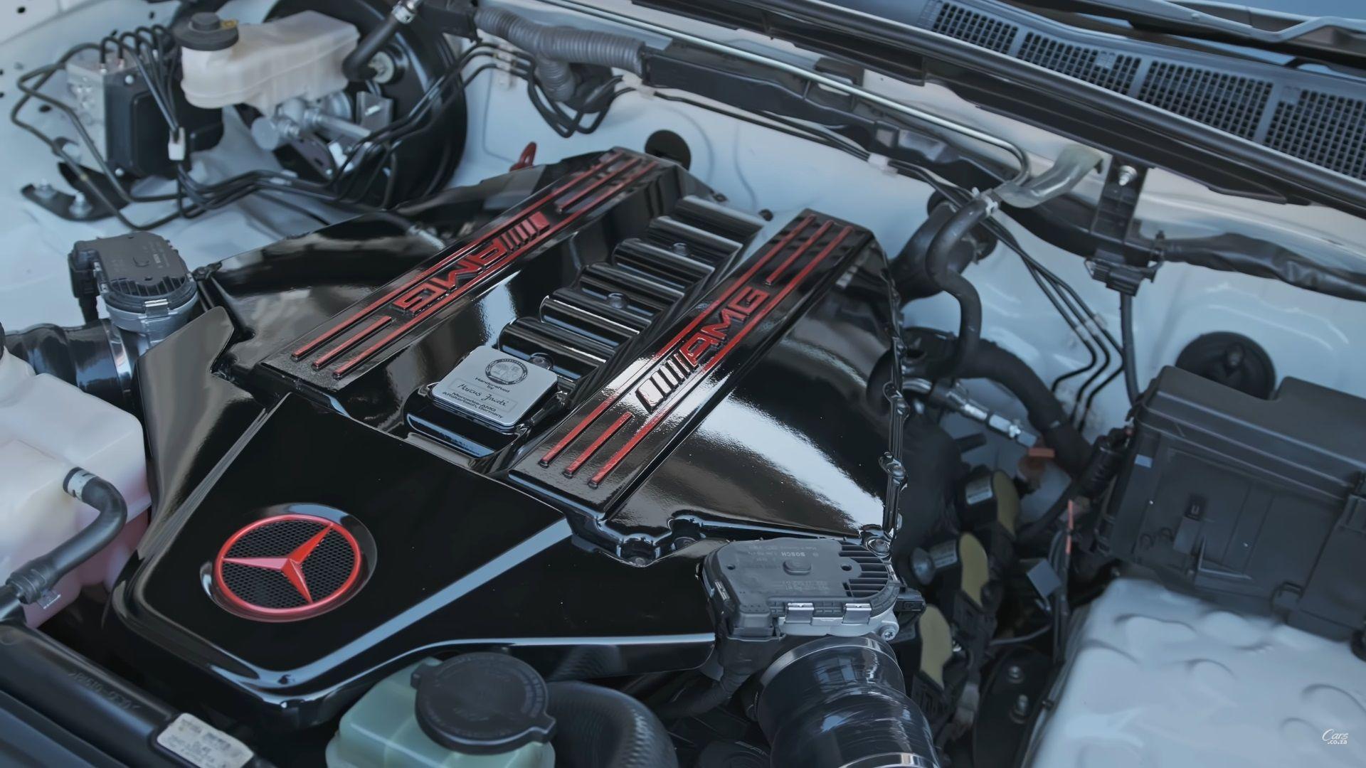 toyota hilux com motor v8 amg cofre do motor