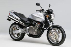 Honda Hornet: história de um dos maiores sucessos do Brasil