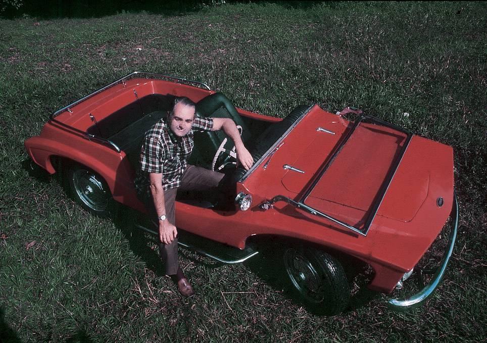 joao gurgel junto do buggy ipanema