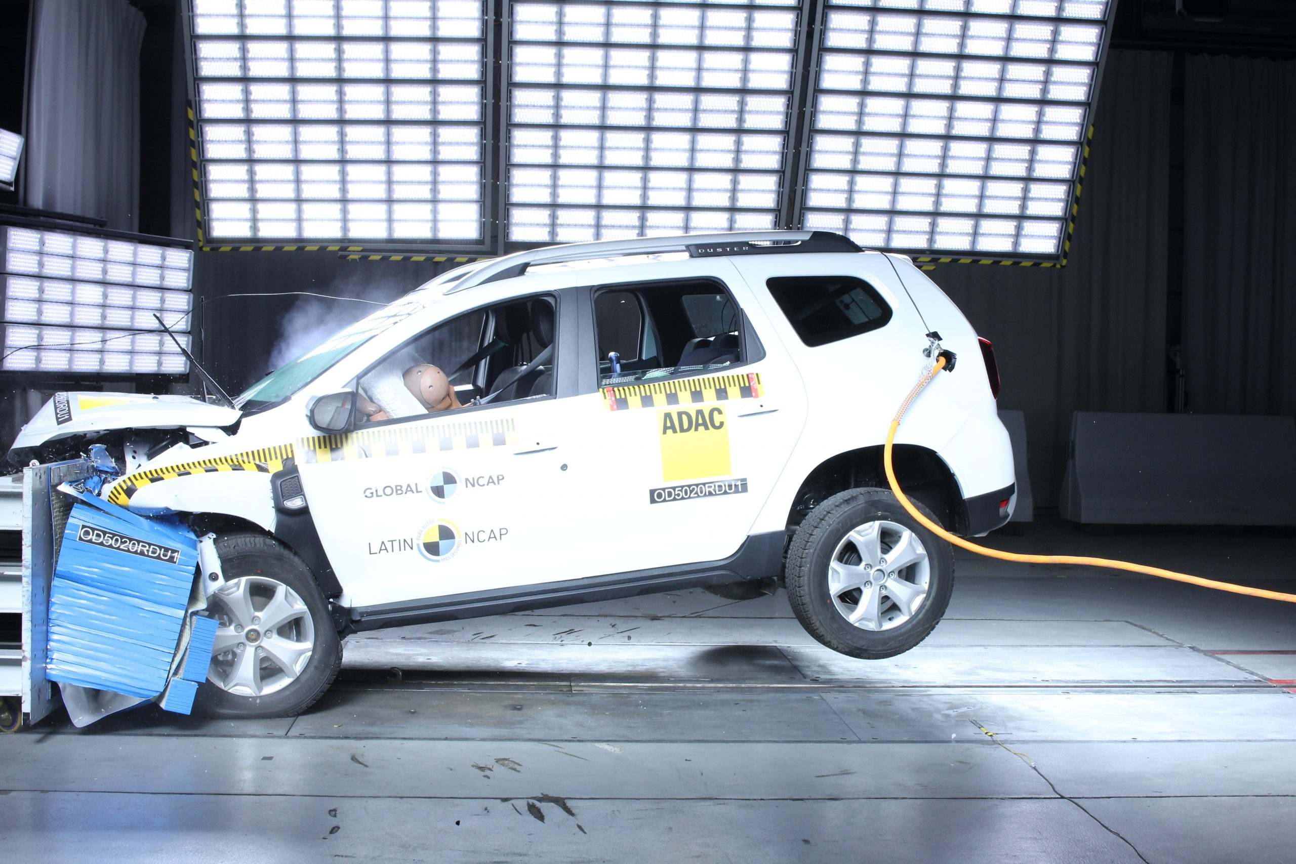 renault duster crash test latin ncap 7