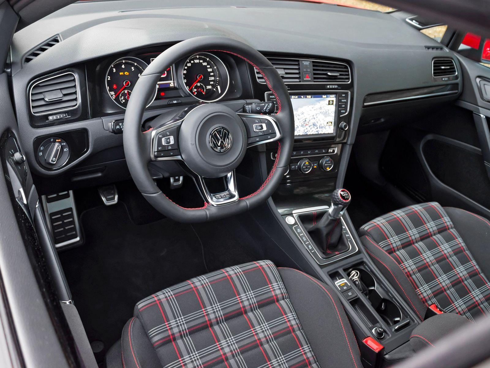 volkswagen golf gti 5 door interior painel cambio manual e bancos de tecido