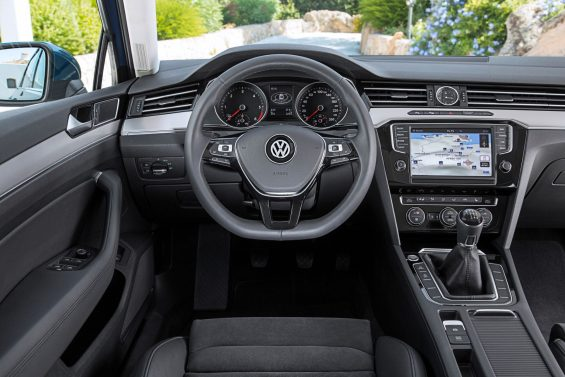 volkswagen passat variant highline interior painel cambio manual modelo europeu