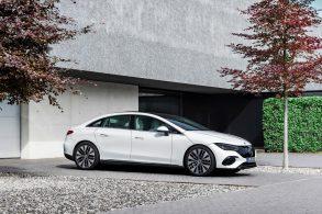Designer da Mercedes diz que 'sedã elétrico' tem visual de m****