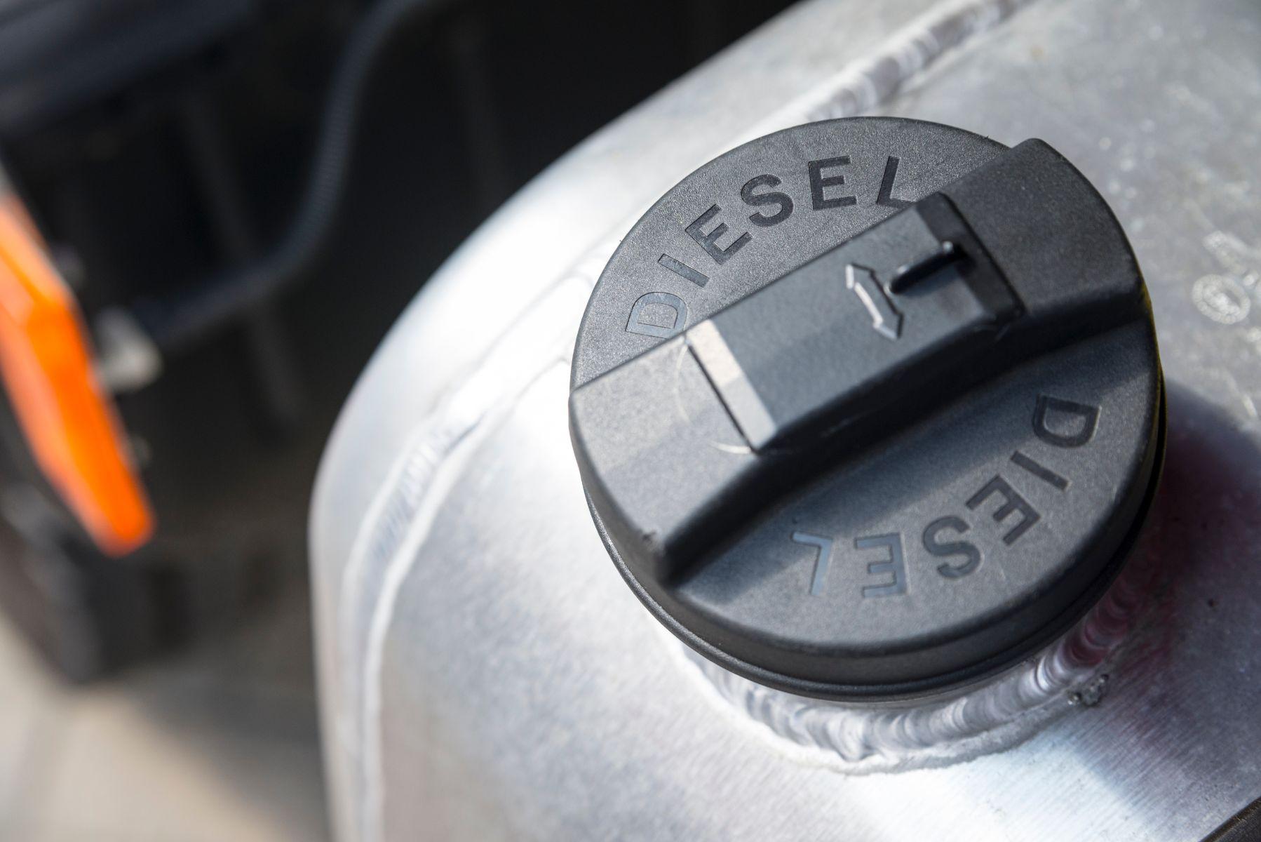 tanque de diesel shutterstock