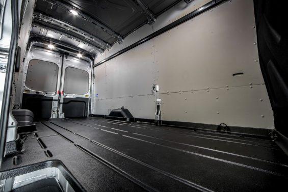 ford transit jumbo van l4h3 area de carga modelo europeu