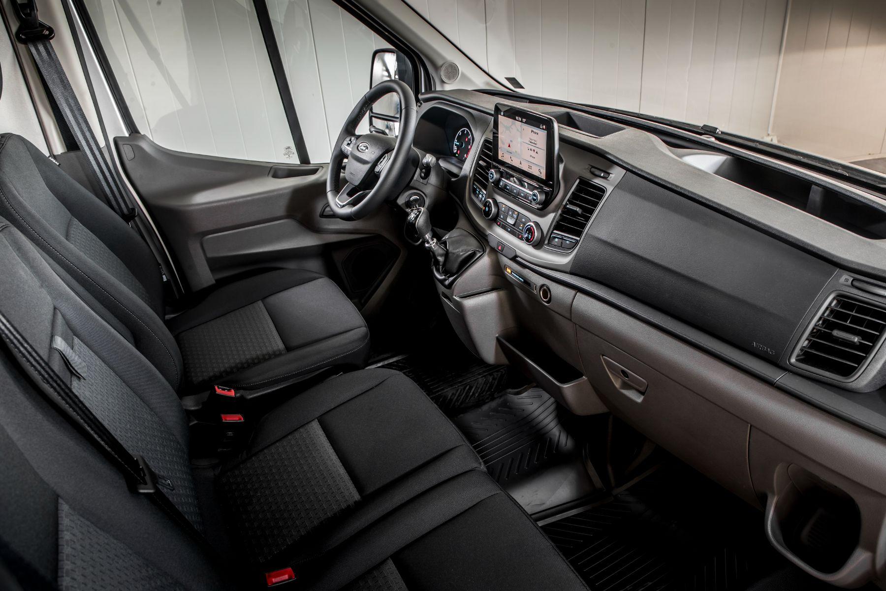 ford transit jumbo van l4h3 interior modelo europeu