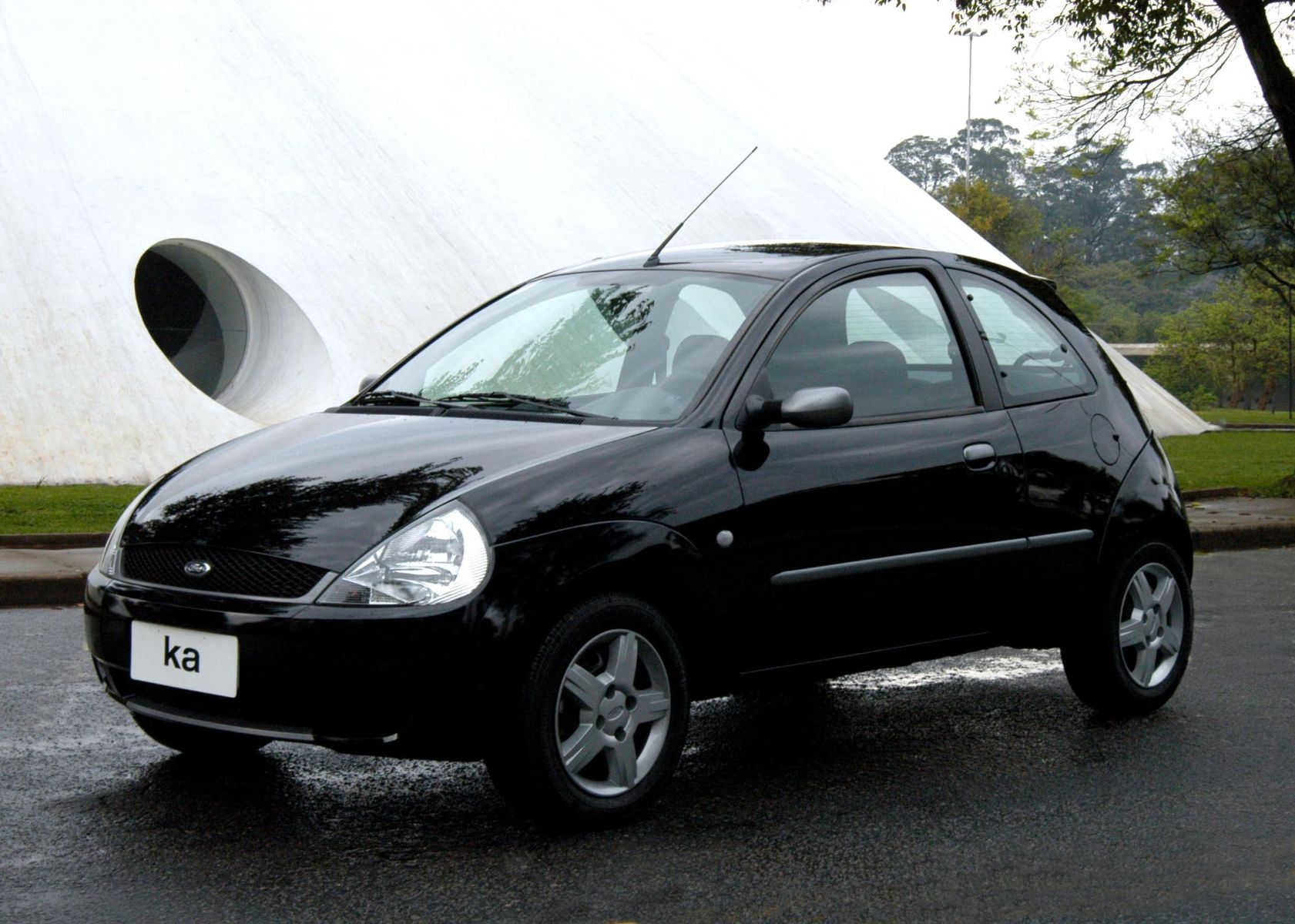 ford ka mp3 2005 preto frente