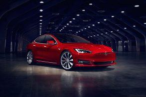 Órgão do governo considera sistemas da Tesla enganosos