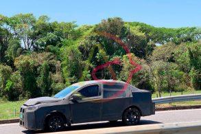 Fiat 'SUV cupê', o Projeto 376, roda disfarçado de sedã