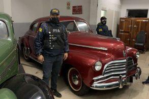 Polícia prende quadrilha que adulterava e revendia carros antigos