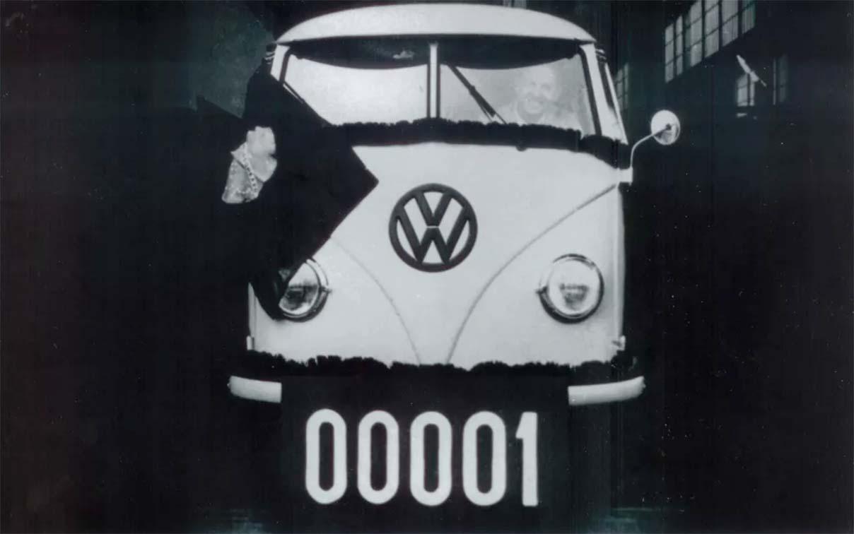 primeira unidade da volkswagen kombi fabricada no brasil em 1957