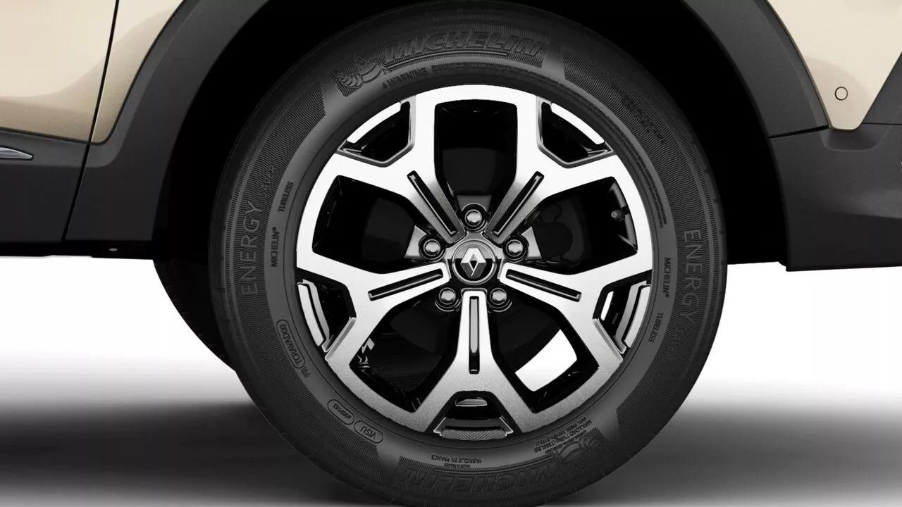 Amaciar pneu de carro de passeio é excesso de zelo