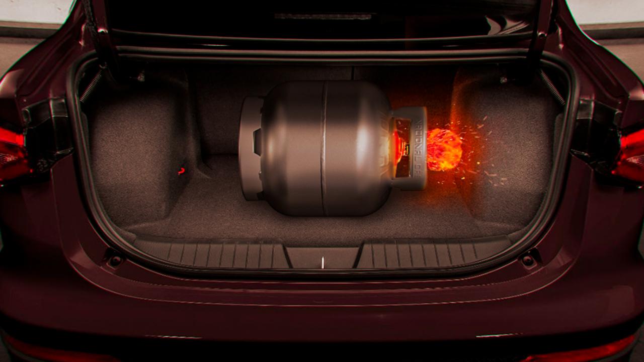 botijao de gas explodindo carro porta mala