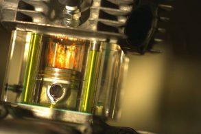 Motor transparente mostra como funciona as entranhas de seu carro